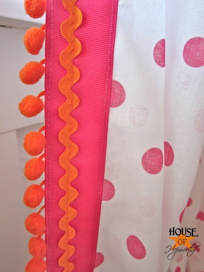 Polkadot Pom Pom Curtains Tutorial