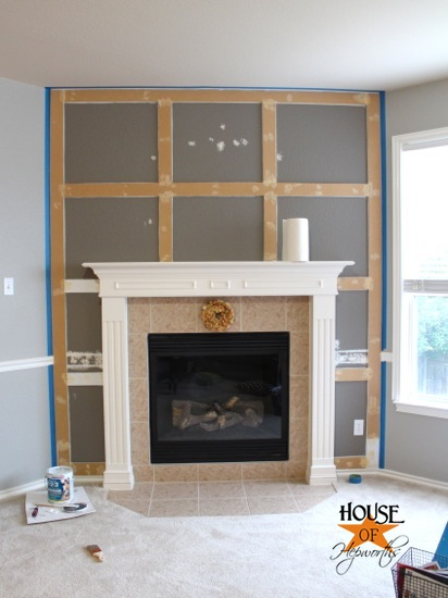 A Dramatic Fireplace Makeover White Moulding Amp Black Mantel