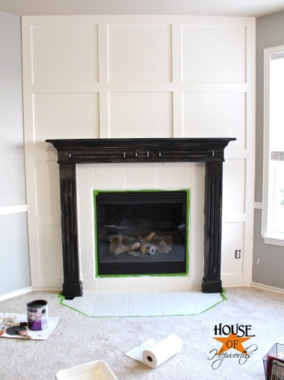 Very A Dramatic Fireplace Makeover White Moulding Black Mantel Ue18